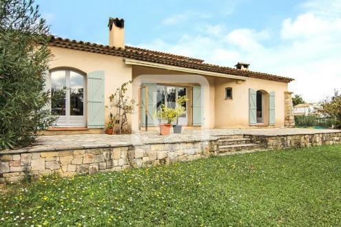 Villa de luxe à vendre CHATEAUNEUF DE GRASSE, 159 m², 3 Chambres, 670000€