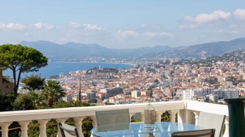 Luxury Villa for sale CANNES, 380 m², 5 Bedrooms, €5950000