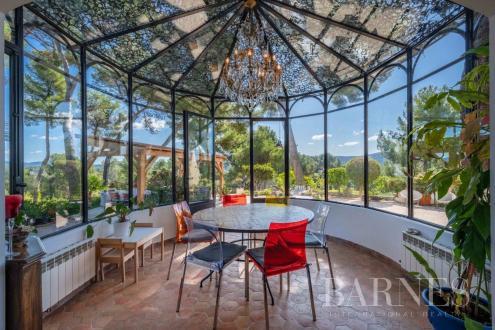Villa de luxe à vendre MARSEILLE, 212 m², 5 Chambres, 1259000€