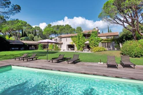 Luxus-Haus zu verkaufen SAINT RAPHAEL, 500 m², 8 Schlafzimmer, 2950000€