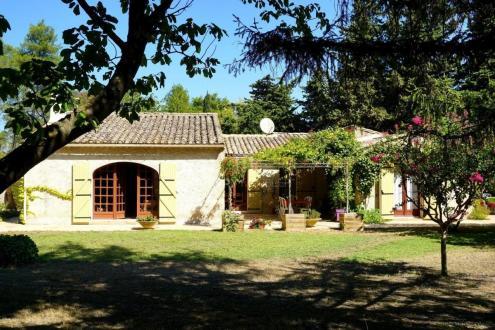 Maison de luxe à vendre SAINT REMY DE PROVENCE, 148 m², 5 Chambres, 695000€