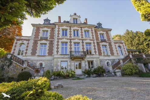Maison de luxe à vendre JOUE LES TOURS, 450 m², 8 Chambres, 1242000€