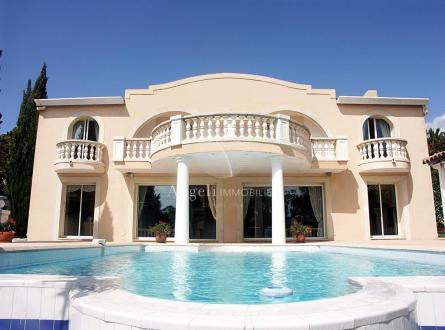Villa de luxe à vendre SAINT AYGULF, 190 m², 3 Chambres, 995000€