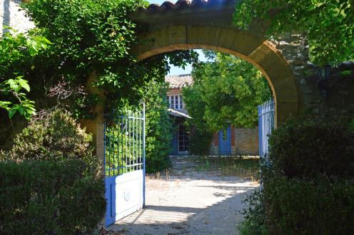 Propriété de luxe à vendre VAISON LA ROMAINE, 250 m², 4 Chambres, 660000€