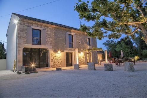 Maison de luxe à vendre SAINT REMY DE PROVENCE, 169 m², 4 Chambres, 1350000€