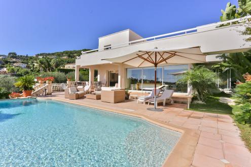 Luxury Villa for sale ANTIBES, 250 m², €2968000