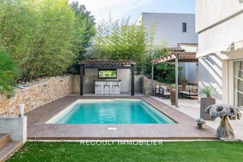 Maison de luxe à vendre MARSEILLE, 200 m², 4 Chambres, 1270000€
