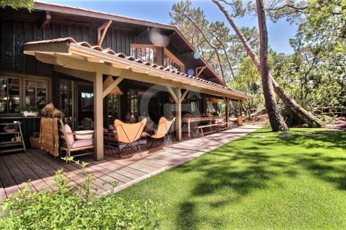 Дом класса люкс на продажу  Кап Ферре, 230 м², 5 Спальни, 3620000€