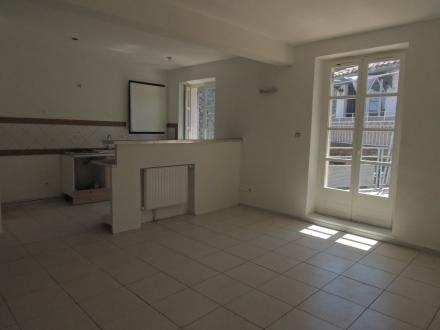 Luxury Apartment for rent CAVAILLON, 92 m², 3 Bedrooms, €751/month