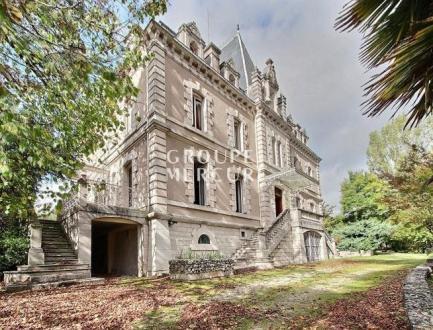Luxus-Schloss / Herrenhaus zu verkaufen BERGERAC, 600 m², 15 Schlafzimmer, 997500€