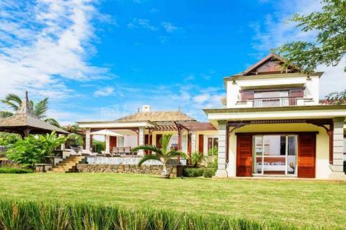 Luxury Villa for sale Mauritius, 331 m², 4 Bedrooms, €1215220