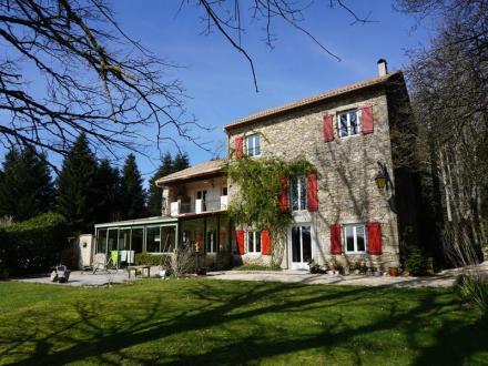 Luxus-Haus zu verkaufen SAINT DENIS, 342 m², 7 Schlafzimmer, 648000€