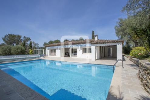 Villa di lusso in vendita MOUGINS, 315 m², 6 Camere, 1298000€
