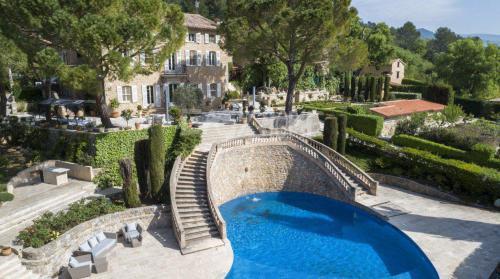 Luxus-Villa zu verkaufen MONTAUROUX, 500 m², 2950000€