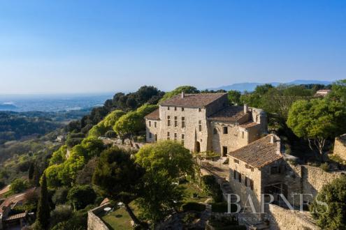 Castello/Maniero di lusso in vendita AVIGNON, 450 m², 7 Camere, 3600000€