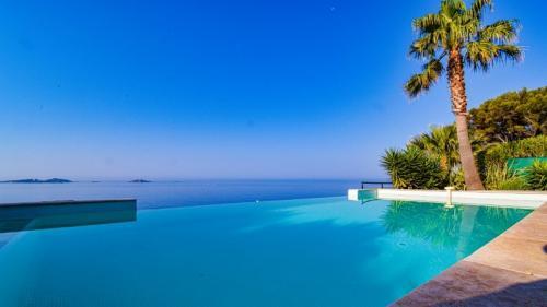 Luxus-Haus zu verkaufen SANARY SUR MER, 180 m², 3 Schlafzimmer, 2400000€