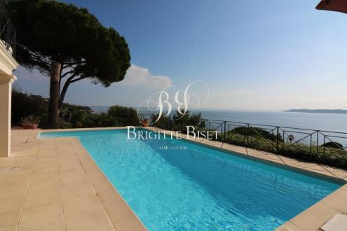 Villa de luxe à vendre SAINTE MAXIME, 250 m², 3 Chambres, 2600000€