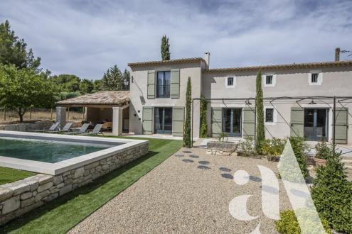 Maison de luxe à vendre MAUSSANE LES ALPILLES, 165 m², 3 Chambres, 1378000€