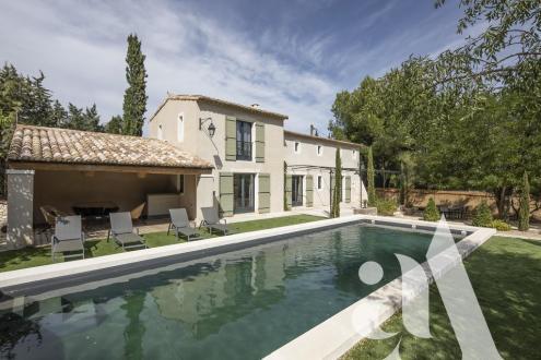 Luxus-Haus zu verkaufen MAUSSANE LES ALPILLES, 165 m², 3 Schlafzimmer, 1378000€