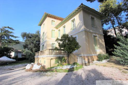 Luxus-Villa zu verkaufen CAVALAIRE SUR MER, 220 m², 5 Schlafzimmer, 1560000€
