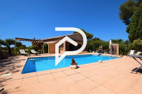 Maison de luxe à vendre SIX FOURS LES PLAGES, 170 m², 2 Chambres, 696000€