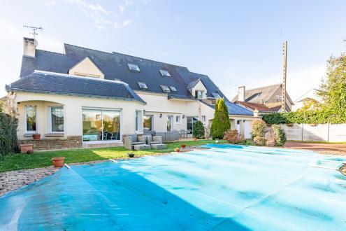 Luxus-Villa zu verkaufen SAUTRON, 350 m², 5 Schlafzimmer, 676000€
