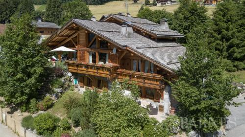 Luxury Chalet for sale LE GRAND BORNAND, 227 m², 5 Bedrooms, € 1 470 000