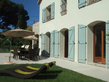 Luxus-Haus zu vermieten CAP D'ANTIBES, 240 m², 5 Schlafzimmer,