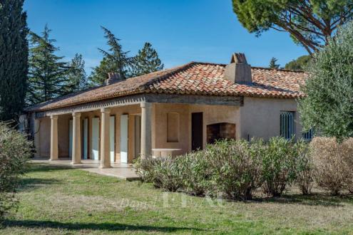 Luxus-Haus zu verkaufen GRIMAUD, 200 m², 4 Schlafzimmer, 1370000€