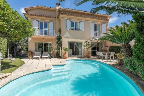 Luxury Villa for sale ANTIBES, 142 m², 4 Bedrooms, €1690000