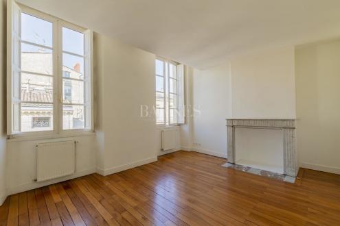 Appartement de luxe à vendre BORDEAUX, 106 m², 2 Chambres, 630000€