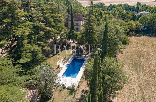 Maison de luxe à vendre TOURRETTES, 217 m², 4 Chambres, 1200000€