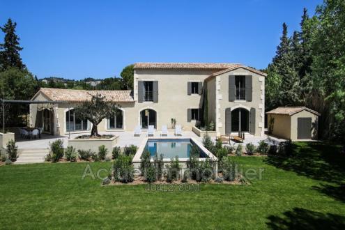 Luxury House for rent MAUSSANE LES ALPILLES, 220 m², 4 Bedrooms,