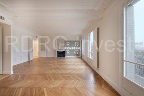 Appartement de luxe à louer PARIS 8E, 205 m², 4 Chambres, 6365€/mois