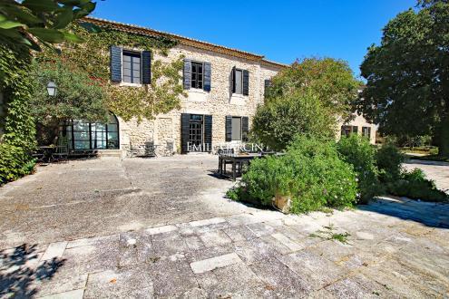 Maison de luxe à vendre FONTVIEILLE, 4350000€