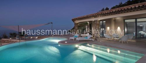 Luxury House for rent SAINT TROPEZ, 400 m², 5 Bedrooms,