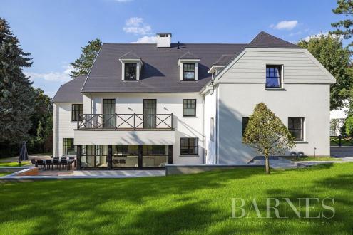 Maison de luxe à vendre RHODE SAINT GENESE, 660 m², 5 Chambres, 4400000€