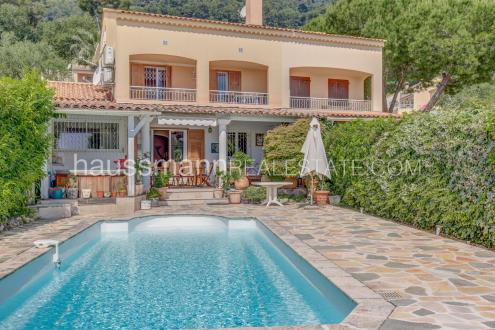 Villa de luxe à vendre ROQUEBRUNE CAP MARTIN, 133 m², 3 Chambres, 995000€