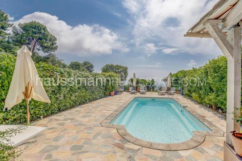 Villa di lusso in vendita ROQUEBRUNE CAP MARTIN, 133 m², 3 Camere, 995000€