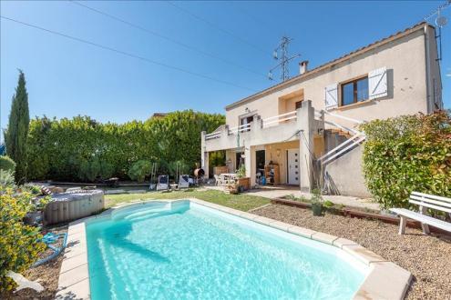 Luxus-Haus zu verkaufen SAINT JEAN DE VEDAS, 270 m², 6 Schlafzimmer, 627000€