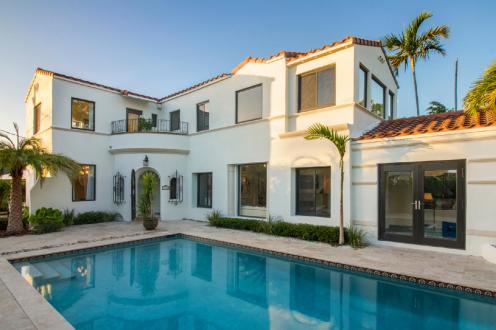 Дом класса люкс на продажу  Флорида, 371 м², 5 Спальни, 2500000€