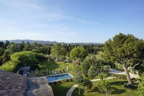 Casa di lusso in affito SAINT REMY DE PROVENCE, 620 m², 6 Camere,