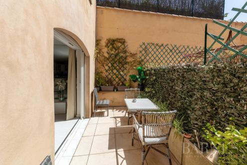 Квартира класса люкс на продажу  Сен-Тропе, 50 м², 1 Спальни, 638300€
