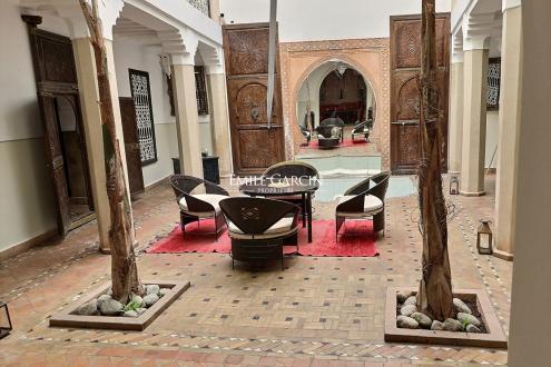 Maison de luxe à vendre MARRAKECH, 360 m², 5 Chambres, 400000€