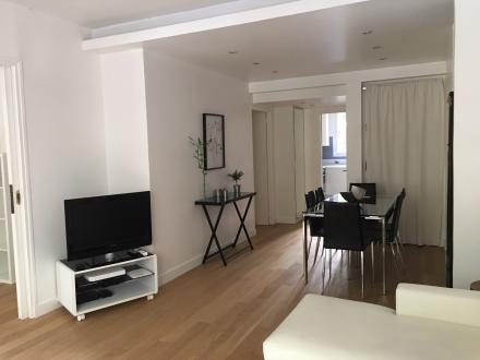 Luxury Apartment for rent PARIS 16E, 68 m², 2 Bedrooms, €2700/month