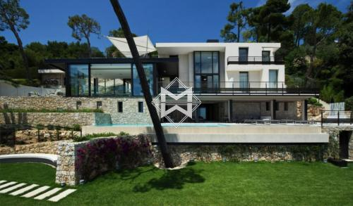 Maison de luxe à louer VILLEFRANCHE SUR MER, 400 m², 5 Chambres,