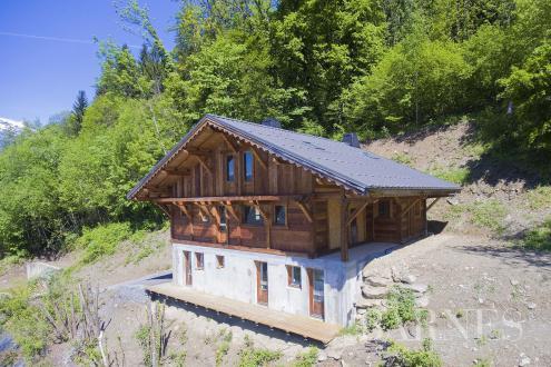 Luxus-Chalet zu verkaufen SAINT GERVAIS LES BAINS, 230 m², 6 Schlafzimmer, 650000€