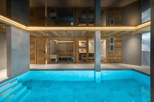 Luxury Chalet for rent COURCHEVEL, 360 m², 6 Bedrooms,