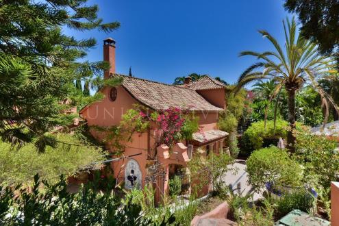 Luxe Domein  te koop Spanje, 777 m², 8 Slaapkamers, 2450000€