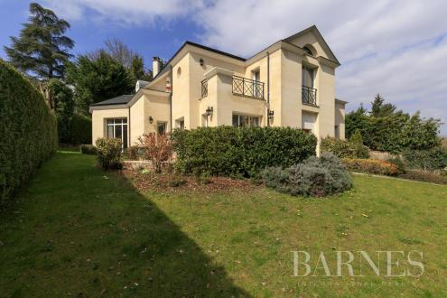 Maison de luxe à vendre LA CELLE SAINT CLOUD, 280 m², 5 Chambres, 1690000€